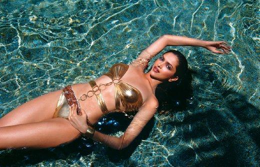 deepika-padukone-kingfisher bikini