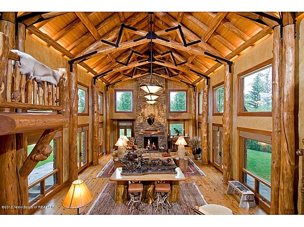 Mansions Amp More A Picturesque Wyoming Log Home