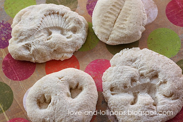 how to make fossils craft with kinders