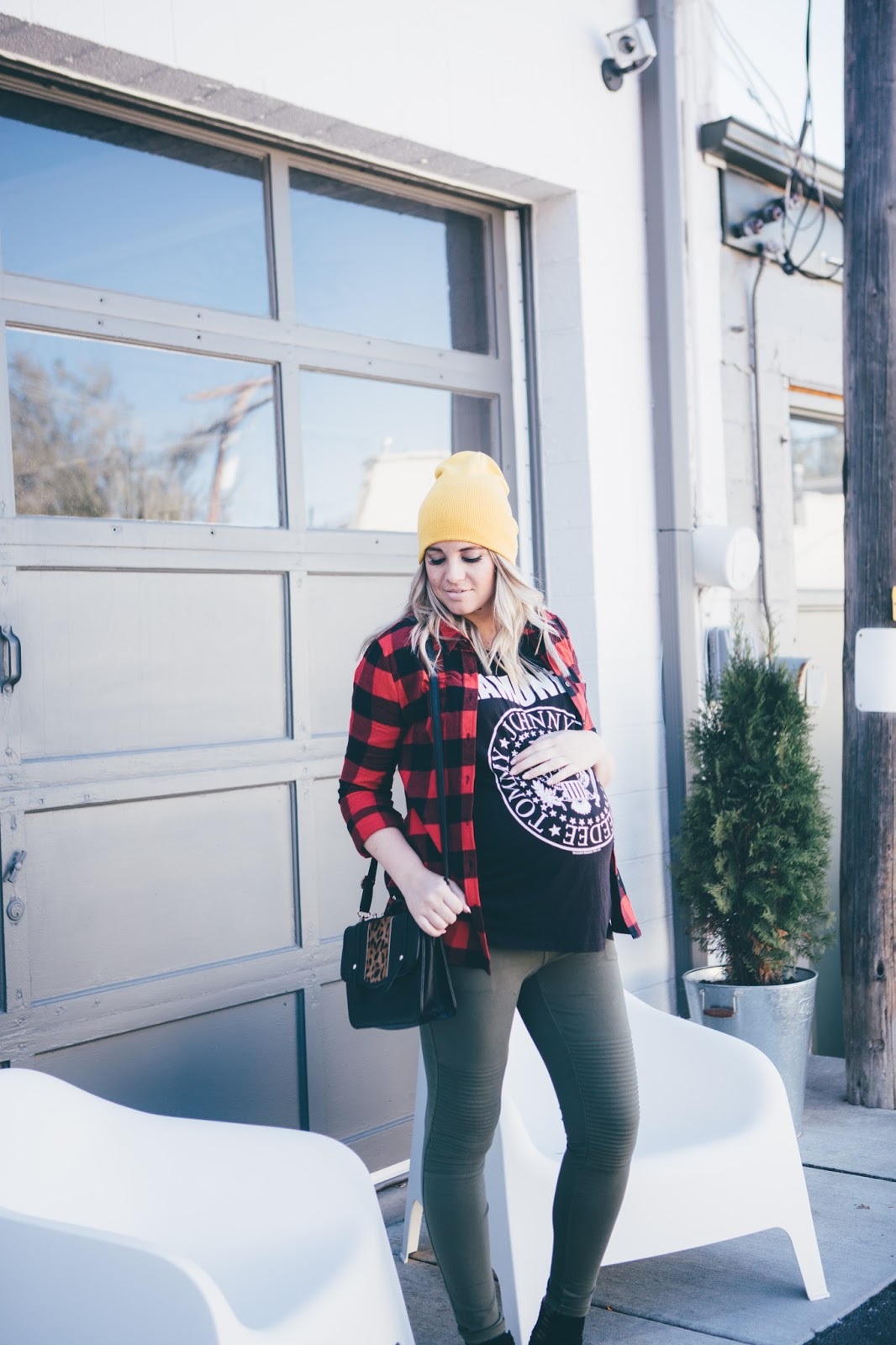 Utah Fashion Blogger, Ramones, Maternity Outfit, Maternity Style