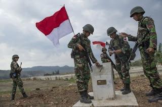 TNI Pasang Bendera Merah Putih di Funtasy Untuk Ingatkan Singapura dan Malaysia - Commando