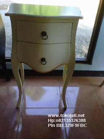 Mebel duco jepara,furniture french duco,Jual Mebel Jepara,Toko Mebel Jati klasik,Furniture Mebel Jepara code mebel ukir jepara A1322 nakas french style duco putih