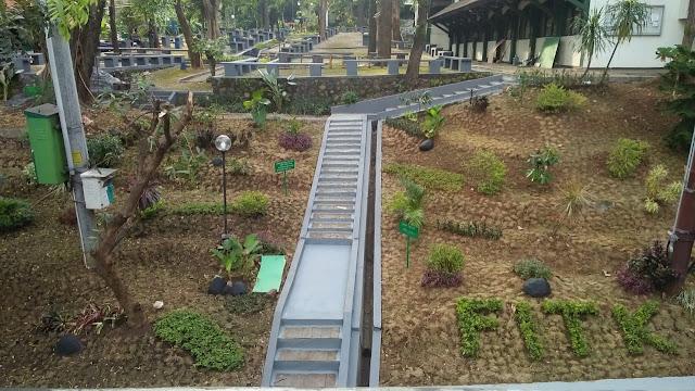Panas dan Sepi; Wajah Baru Taman FITK