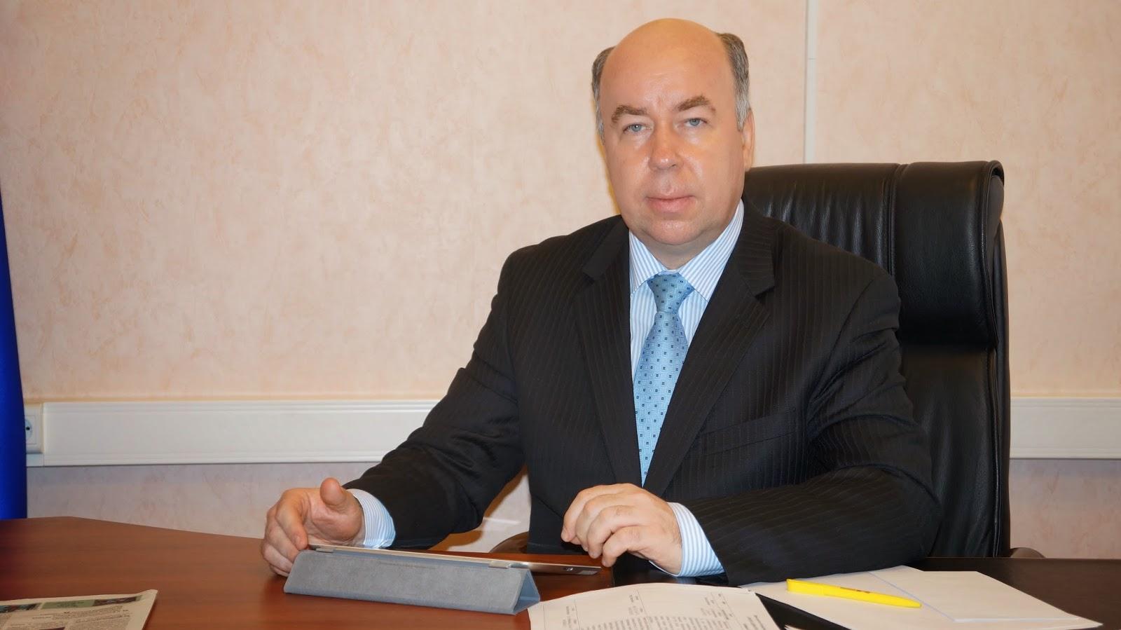 характеризуется стремительным поздравления депутата боровика подаркам
