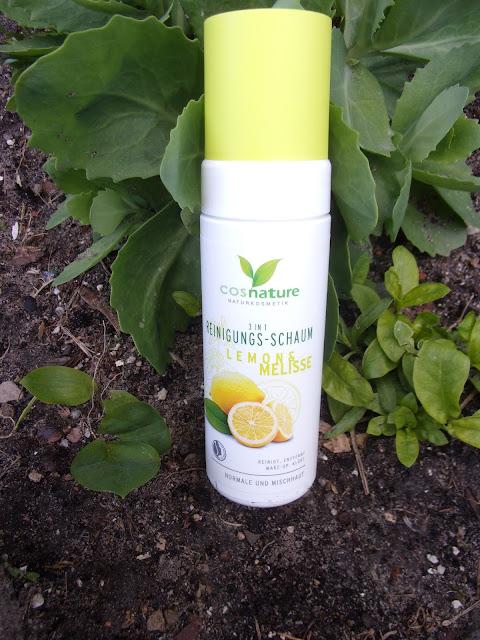 Naturalna pianka oczyszczająca do twarzy 3 w 1  z cytryna i melisą firmy Cosnature