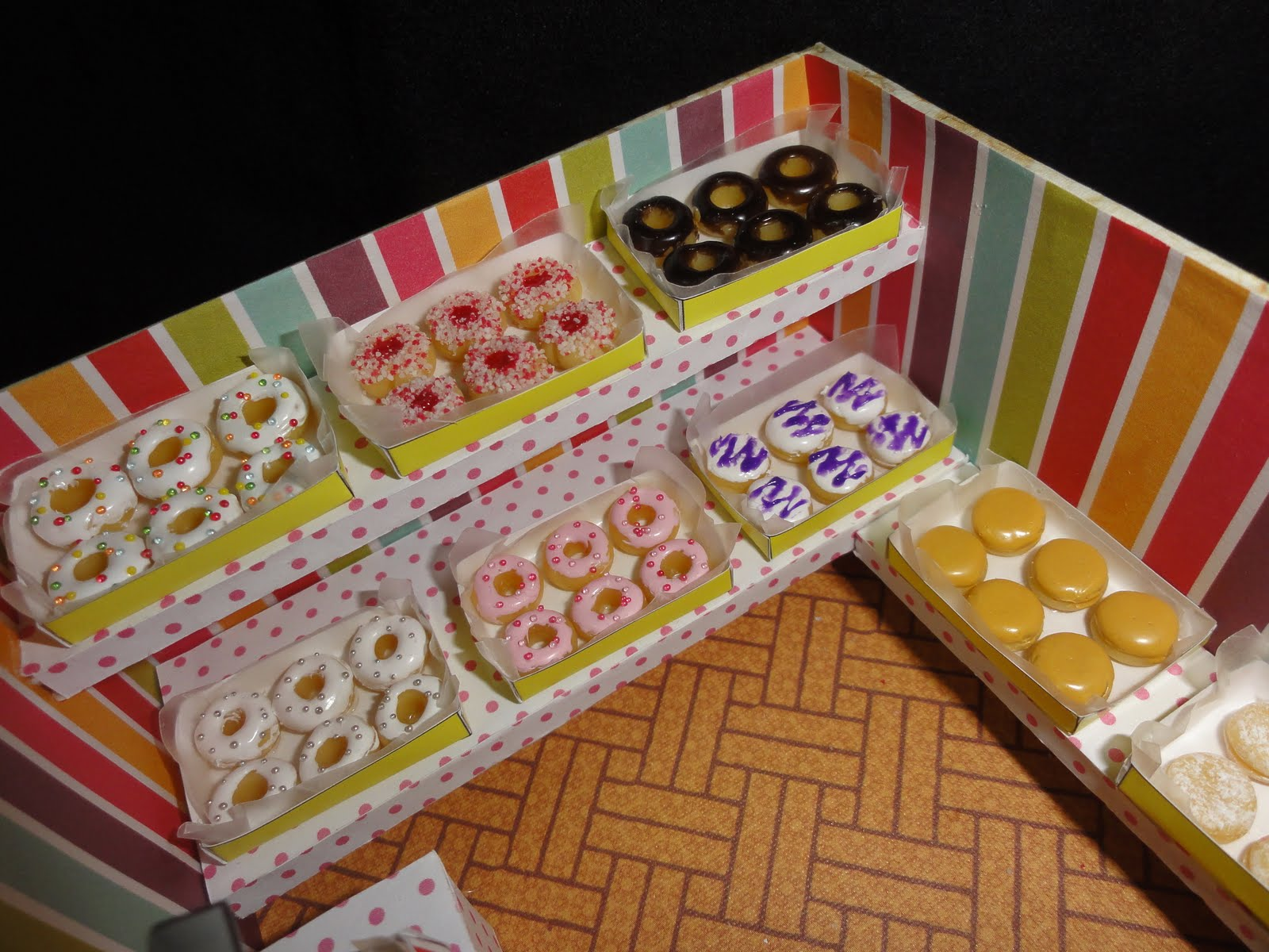 Gracie's blog: Donut Shop! (clay miniature)