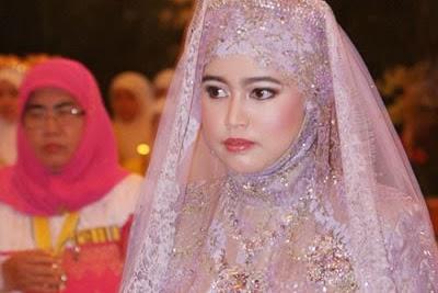 5 Perempuan Muslim Manis Terkaya Di Dunia