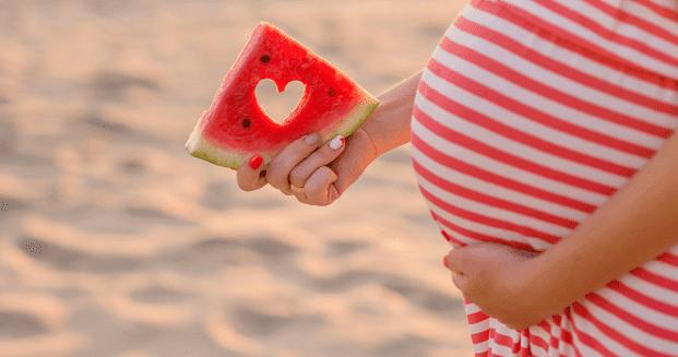 Manfaat Buah Semangka untuk Ibu Hamil Muda dan Tua