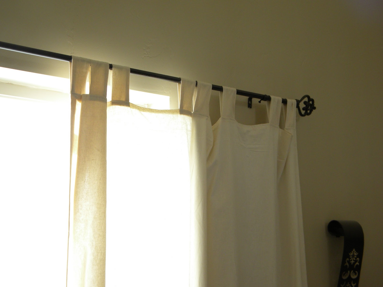 Diy Automatic Curtains Thrifty And Chic Diy Projects And Home Decor
