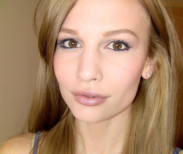 Anna-Saccone-Blonde-Natural