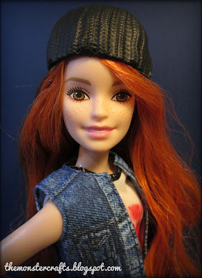 http://themonstercrafts.blogspot.com/2017/02/doll-review-barbie-fashionistas-petite.html