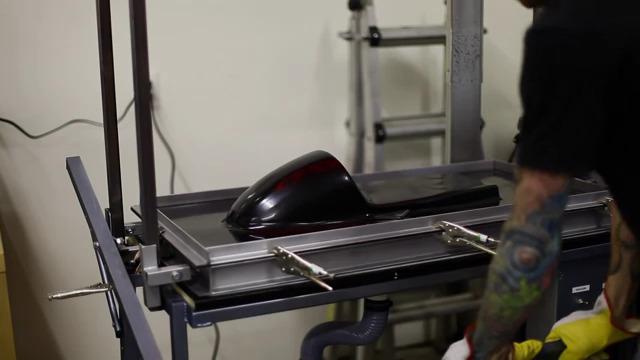 Video dự án độ Yamaha Sr500 Cafe Racer - P1: Độ yên xe