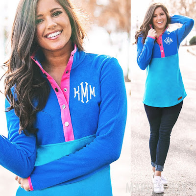 fleece pullover in blue