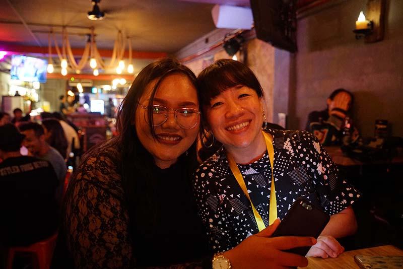 "Penyanyi Jazz Indonesia Ini ""Memukau"" Audiens di Singapore International Jazz Battle, Nisfulail Dwi Puspita, yang kerap dipanggil dengan nama Ninis ini kemaren (22/09) mengunjungi Singapura bareng Tommy Boly"