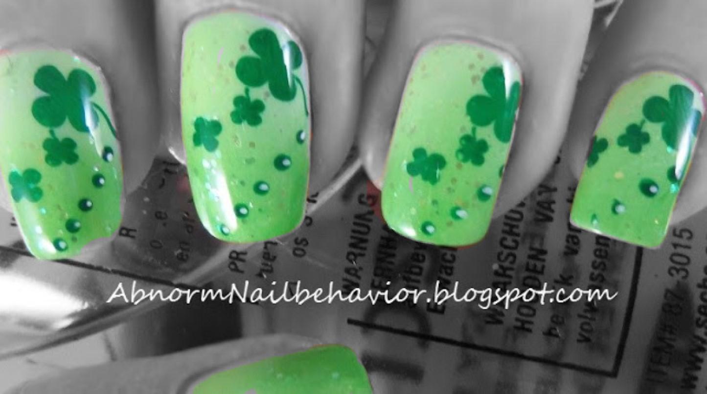 Abnorm Nail Behavior | Nail Art : Lucky Nails