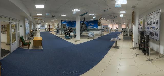 Первый зал экспозиции центрального музея ВВС в Монино