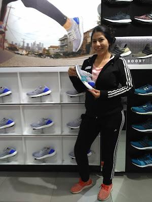 La mejor vendedora del local Adidas de Nuevocentro Shopping!