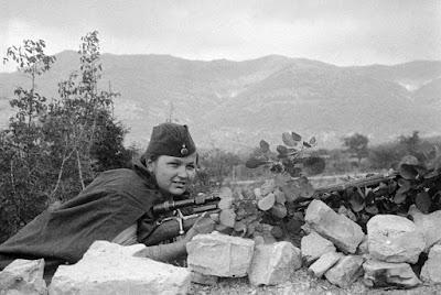 Las mujeres francotiradoras soviéticas Uploads_2016_7_26_femalesnipers_5