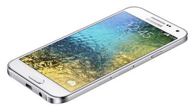 Thay mat kinh Samsung E5 lay ngay uy tin