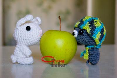 Друзья зайчик и мишка амигуруми