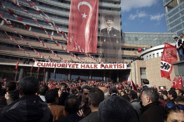 Απορρίφθηκε η προσφυγή του AKP για ακύρωση των εκλογών στην Κωνσταντινούπολη