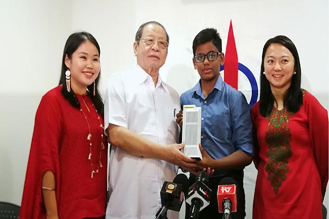 Pemimpin PKR Selar DAP Terima Wang Daripada Pelajar 12 Tahun