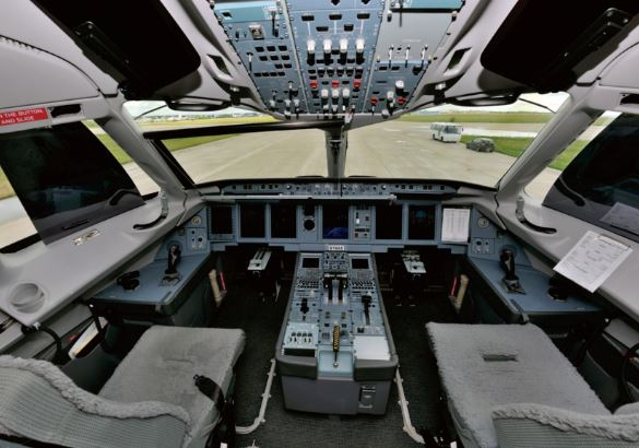 Sukhoi Superjet 100 cockpit