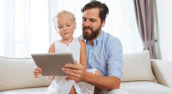 8 Tips Memilih Tontonan Yang Baik Untuk Anak