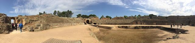 Panorámica del anfiteatro de Mérida