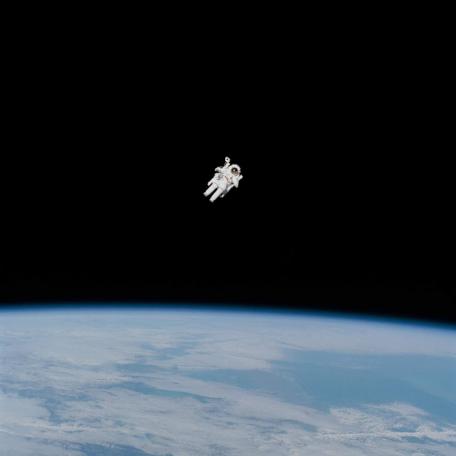 if an astronaut freely floating in space tries to throw away - photo #4