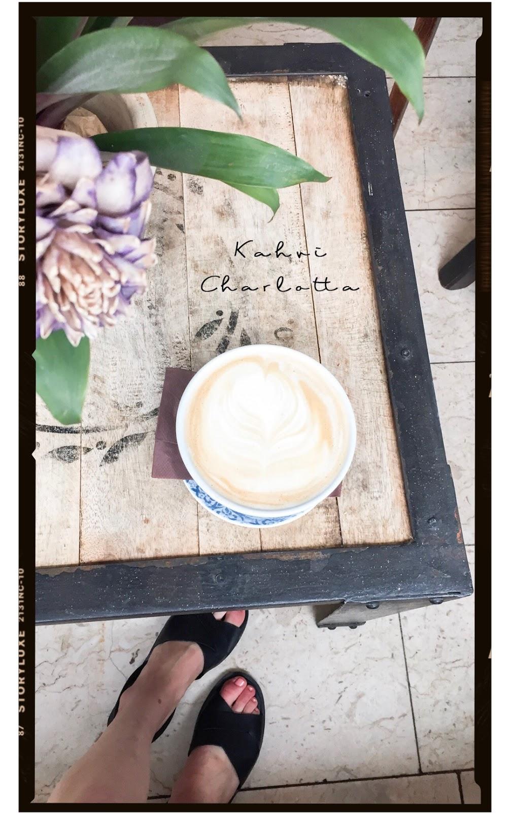Coffee shops in Helsinki // Kahvilat Helsingissä: Kahvi Charlotta