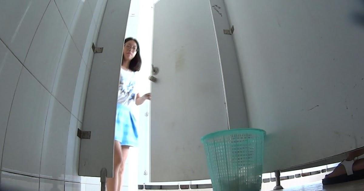Thai voyeur toilet