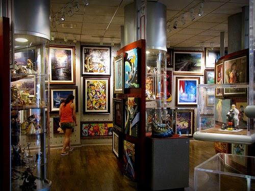 Obras da loja The Art of Disney no Parque Epcot em Orlando