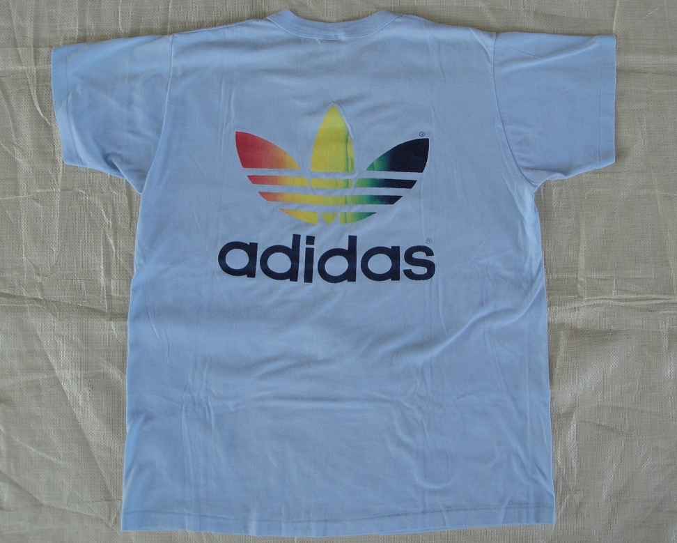 2bd40cdebd2e Bundle Vintage  Vintage Adidas Adicolour trefoil running t-shirt 5050
