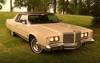 1976 Chrysler New Yorker Brougham Front Right