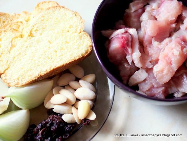 karp, filet z karpia, ryba faszerowana, z rodzynkami, farsz, jak zrobic rybe w galarecie