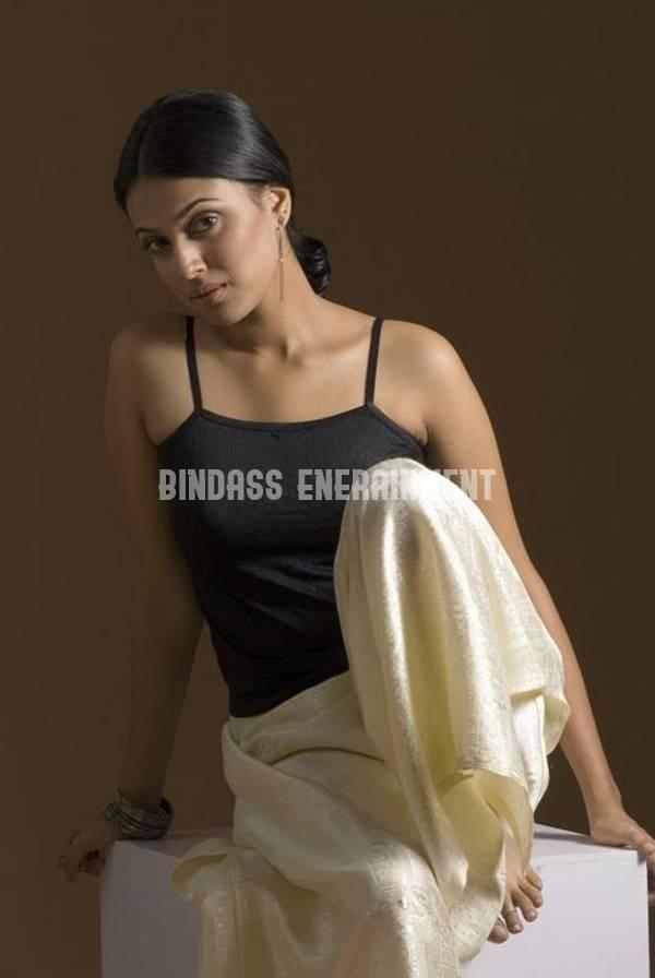 Swara Bhaskar 7