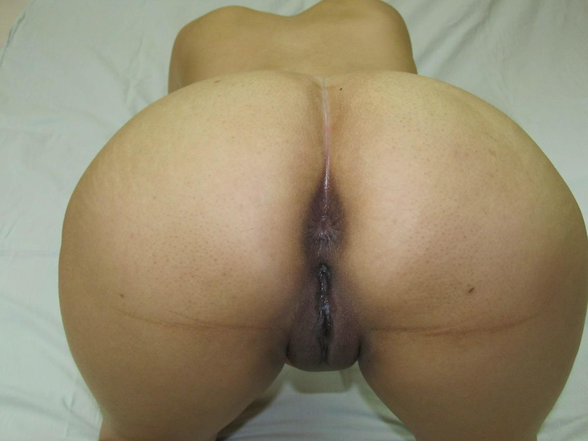 Photos of girls taking photos topless