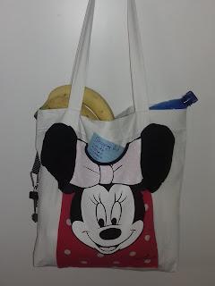6aed4f8a8b ... μπορούμε να μειώσουμε την χρήση πλαστικών τσαντών και να χρησιμοποιούμε  για τα καθημερινά μας ψώνια