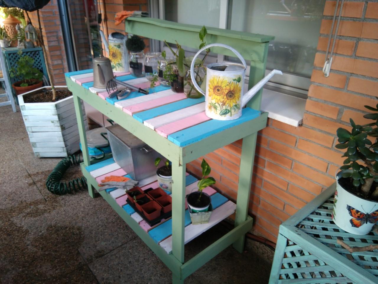 Manualidades plus mesa de jardineria con palets - Manualidades de jardineria ...