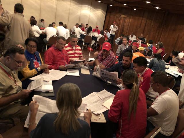 """Bases del Psuv piden eliminar """"dedazo"""" en elecciones internas y crear comités disciplinarios"""
