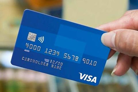 Benarkah Transaksi Menggunakan Uang Nontunai Bisa Membuat Kita Lebih Hemat?