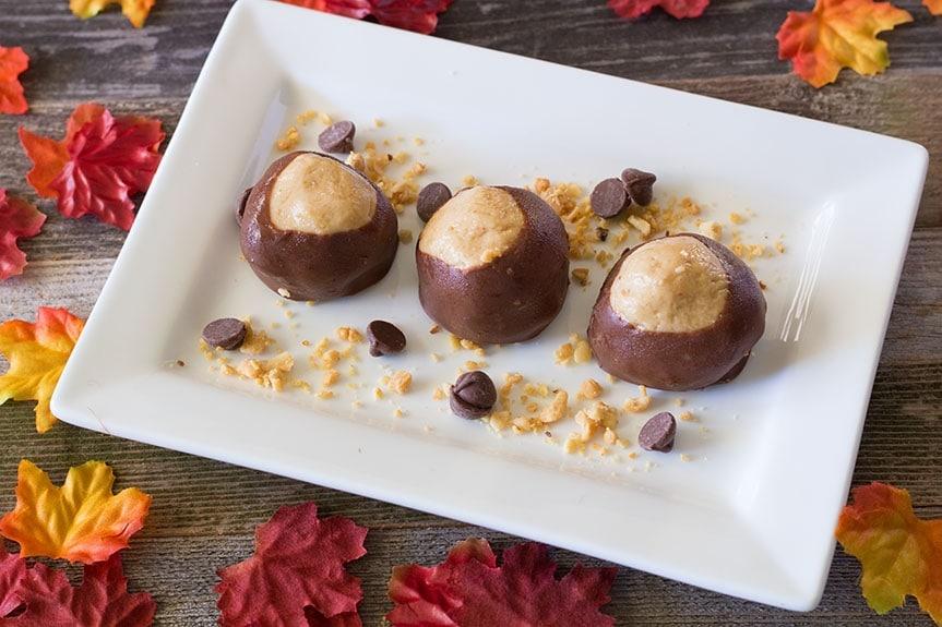 BUCKEYE PEANUT BUTTER BALLS #PeanutBalls #Cookies #Snack #ButterBalls #ChocoBalls