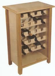 Lavori creativi fai da te an online help costruzione di una cantinetta per vino in legno - Costruire un portabottiglie in legno ...