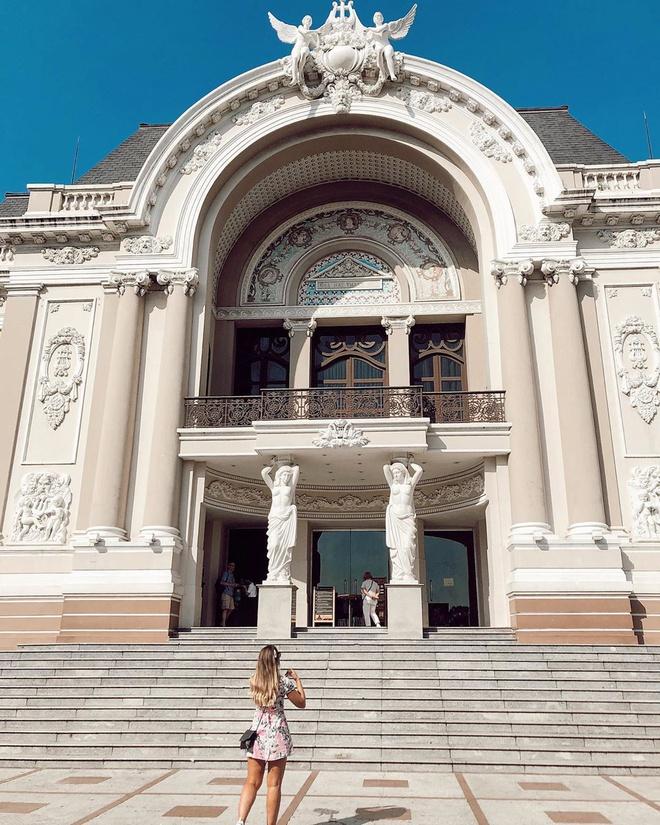 Nhà hát TP.HCM hơn trăm năm tuổi mang phong cách kiến trúc nào?