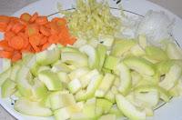 Соте из овощей: Овощи порезать
