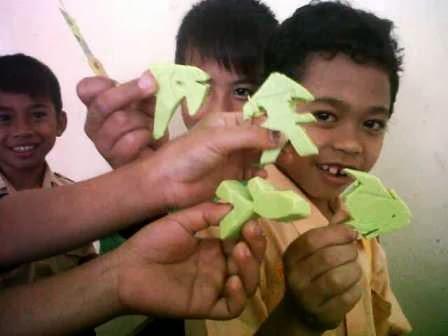 kerajinan tangan anak SD menteng, sukamakmur (Guru Pantura)