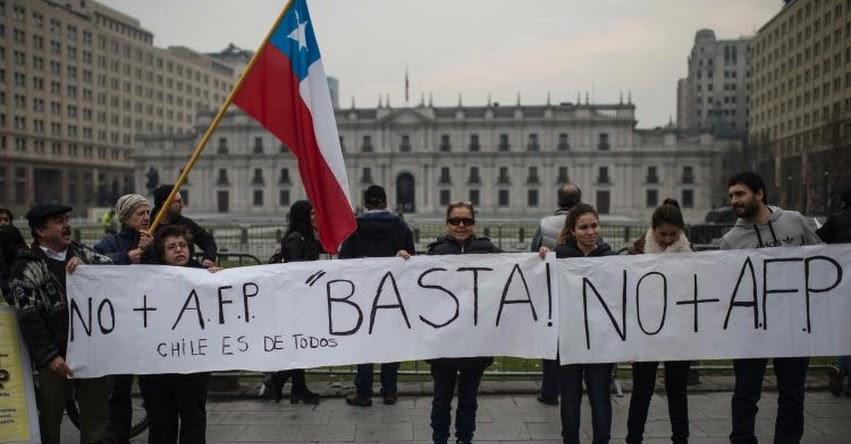 AFP: Parlamento de Chile aprueba Proyecto de Ley para retirar dinero de los fondos de pensiones