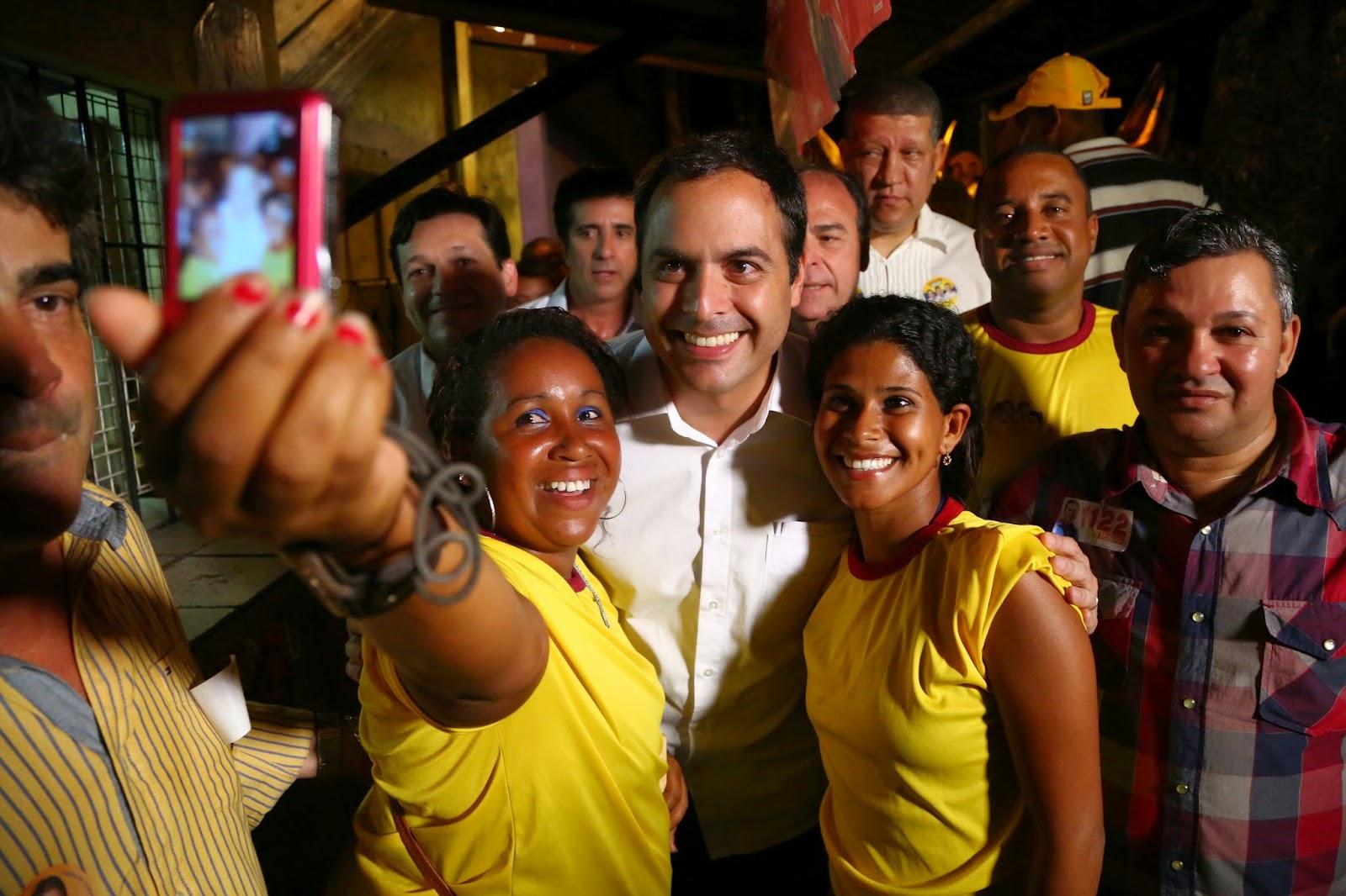 Agreste news: Santa Luzia recebe com festa Paulo Câmara