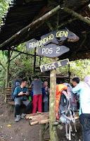 pendakian gunung kelud via tulungrejo, trasnportasi gunung kelud tulungrejo, stasiun wlingi gunung kelud, puncak kawah gunung kelud, puncak sejati gunung kelud, puncak mahesa suro kelud
